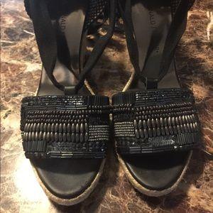 Donald J Pliner sandals/wedges